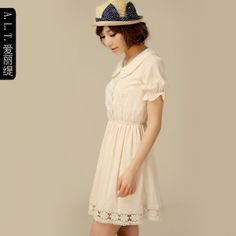 $32.00Aili Ti 2013 spring and summer installed a new Women the retro cute doll collar short-sleeved lace chiffon dress