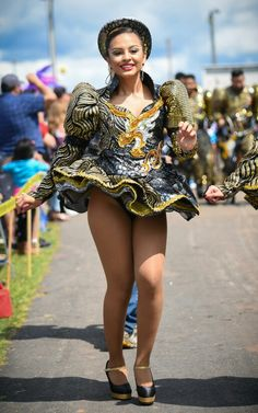 Sexy Outfits, Sexy Dresses, Caribbean Carnival Costumes, Female Celebrity Crush, Carnival Girl, Culture Clothing, Latin Women, Great Legs, Showgirls