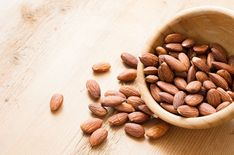 Get more magnesium Vitamin A, Help Me Lose Weight, Weight Gain, Losing Weight, Clean Eating Diet, Healthy Eating, Stay Healthy, California Walnuts, Healthy Snacks
