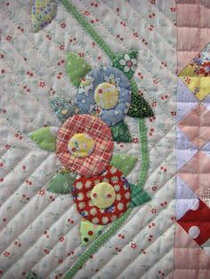 you can't go wrong with 30's fabrics:  oh for sure, love the little fried egg flowers, reminds me of Mary Engelbreit.