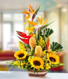 Send Flowers to Argentina with daFlores who offers same-day flower delivery across Argentina and other countries in South America. Tropical Flower Arrangements, Church Flower Arrangements, Beautiful Flower Arrangements, Tropical Flowers, Beautiful Flowers, Altar Flowers, Church Flowers, Sunflower Bouquets, Luxury Flowers