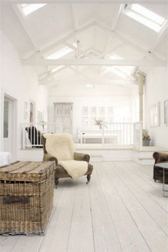 Awesome Barn Style Interior Design Idea (43)
