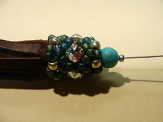 Beaded Girl: How to Make a Beaded Cap and Leather Tassel