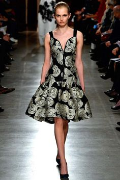 Oscar de la Renta | Fall 2015 Ready-to-Wear Collection | Style.com