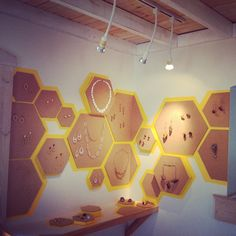 Heidi Lowe Gallery - exhibitions