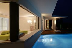 #house  #damilanostudioarchitects  #architecture #design #homedecor #pool #window #edra