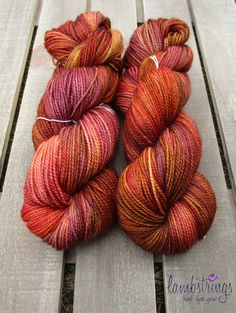 Ewetopia Fingering 3.2 oz, Hand dyed yarn, Superwash Merino Wool, 448 yds/ 100g: Wildfire.