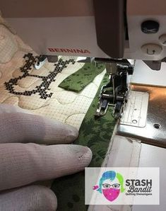 Here's a tutorial for how to bind quilts by machine. Trim the backing and batting even with the edge of the quilt top as you normally would. Cut enough binding strips to go around the quilt. Join the strips end to end with diagonal seams. Quilting For Beginners, Quilting Tips, Quilting Tutorials, Hand Quilting, Quilting Designs, Sewing Tutorials, Sewing Projects, Quilting Projects, Beginner Quilting