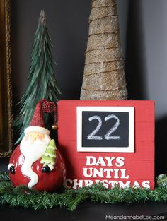 DIY Days Until Christmas Sign. Let the Christmas Countdown . Countdown Until Christmas, Days Until Christmas, Christmas Signs, Christmas Diy, Christmas Ornaments, Annabel Lee, Interior Design Living Room, Counting, Let It Be
