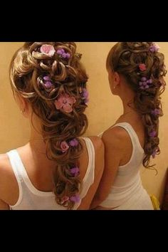 This reminds me of Repunzel's hair after those little girls braided it.