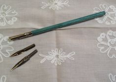 Vintage French dip pen nib holder made of wood by karmolijntje