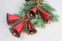 Glocken rot Keramik  von karol-art auf DaWanda.com