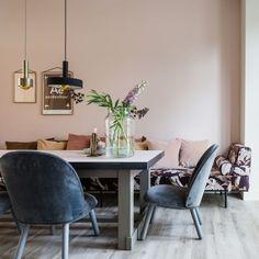 living room ideas – New Ideas Interior Paint Colors For Living Room, Living Room Colors, Living Room Designs, Living Room Decor, Blush Living Room, Pink Walls, Scandinavian Home, Colorful Interiors, Interior Inspiration