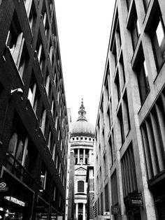 @katgordesign London, architecture, church, blackandwhite