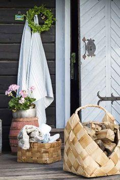 Cottage Plan, Rose Cottage, Cottage Homes, Cottage Style, Outdoor Sauna, Winter Lodge, Sauna Design, Finnish Sauna, Summer Cabins