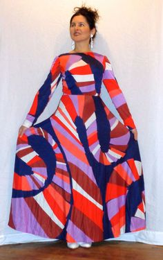 A fantastic, vintage 1970s, op-art LANVIN jersey maxi I just sold to a private US client. It's fabulous!