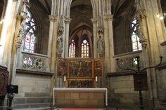 Im Altarraum