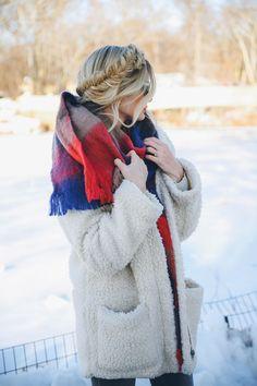 Fashion - Barefoot Blonde by Amber Fillerup Clark