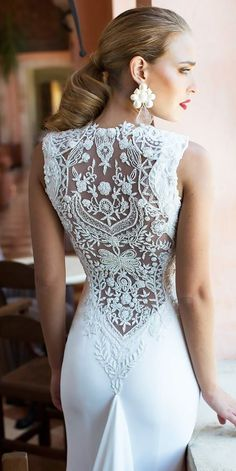 24 Summer Wedding Dresses To Make Your Celebration Great ❤️ summer wedding dresses lace backless nurit hen ❤️ Full gallery: https://weddingdressesguide.com/summer-wedding-dresses/