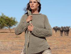 Схема и описание вязания на спицах пуловера с ажурными рукавами из журнала Verena 2/2015