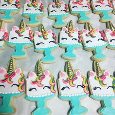 "2,232 Likes, 23 Comments - Hayleycakes And Cookies (@thehayleycakes) on Instagram: ""Unicorn cookie cakes....  grab this cutter at @thats_a_nice_cookie_cutter #hayleycakesandcookies…"""