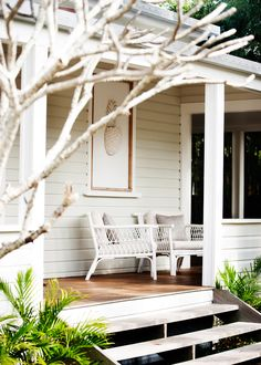 Kick back in one of Byron's luxury beach shacks House, House Front, House Exterior, Beach Shack, Exterior House Colors, House Inspiration, Beach House Exterior, Beautiful Homes, Weatherboard House