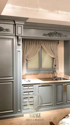 #classicliving #mutfakdekorasyon #tasarım   #dresuar #dekor #mutfak #mutfakdekorasyon #kitchendecoration #kitchendesign #kitchen #luxuryliving #silver #luxurious #interiordesign