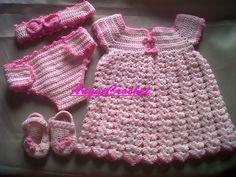 Conjunto para Bebita recien nacida tejida a Crochet