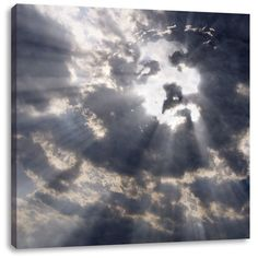 Jesus in the Clouds - it could be photo-shopped, but maybe real. Images Bible, Image Jesus, Angel Clouds, Pictures Of Jesus Christ, Jesus Face, Angels Among Us, Jesus Is Lord, Jesus Loves Me, Christian Art
