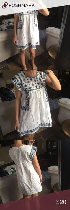 White embroidered boho dress (Sorry it's a little wrinkled 😳) no flaws. Blue embroidery chicwish  Dresses Mini