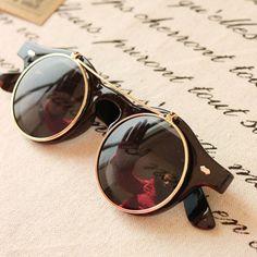 Sunglasses Vintage Unisex Flip Up Round by RUSTIKOJewelrySuppli, €7.40