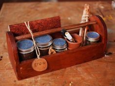The holiday experts at HGTV.com share step-by-step instructions for creating your own handmade seed-starter kit.