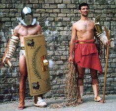 Re-enactors: Secutor and Retiarius