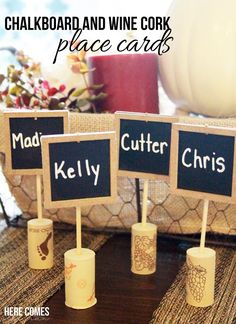 Chalkboard and Wine Cork Place Cards - 24 Magnificent Wine Cork DIY Crafts & Projects. Lots of fun wine cork crafts, that you'll actually use! Wine Cork Projects, Wine Cork Crafts, Wine Bottle Crafts, Diy Projects, Wine Bottles, Cork Place Cards, Leftover Wine, Wine Country Gift Baskets, Cork Art