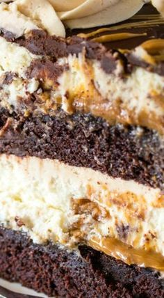 62 Ideas Cheese Cake Factory Peanut Butter Food For 2019 Cheese Cake Factory, Köstliche Desserts, Delicious Desserts, Dessert Recipes, Health Desserts, Soup Recipes, Chicken Recipes, Chocolate Peanut Butter Cheesecake, Kitchens