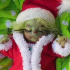 Mini Sized sleeping Grinch baby reborn doll by Cosmic Encounters Nursery Grinch Baby, Le Grinch, Grinch Christmas Party, Christmas Costumes, Christmas Ideas, Xmas, Clay Baby, Hula Girl, Christmas Scenes