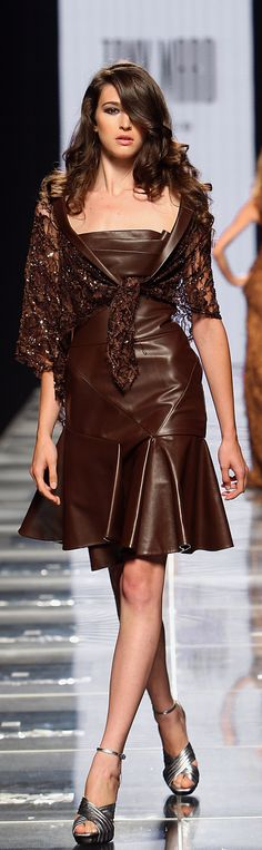 Brown Leather :: Tony Ward Haute Couture Fall Winter 2008/2009 collection.  Brown leather fabric: http://www.mjtrends.com/categories-Matte-Vinyl,Fabric