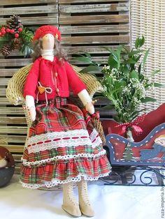 Купить Кукла Фрау Ханна - ярко-красный, кукла Тильда, рождество, новый год 2016