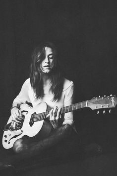 Theresa Wayman of Warpaint