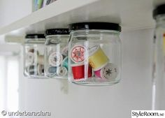 Under shelf storage. Reminds me of how my grandad stored screwd and nails. Under Shelf Storage, Bench With Shoe Storage, Jar Storage, Storage Ideas, Office Storage, Small Storage, Craft Storage, Garage Storage, Storage Solutions