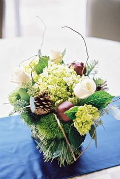 Rustic centerpiece. Photography by DeFiore Photography / defioreart.com, Floral Design by Palmer Flowers / palmerflowers.com