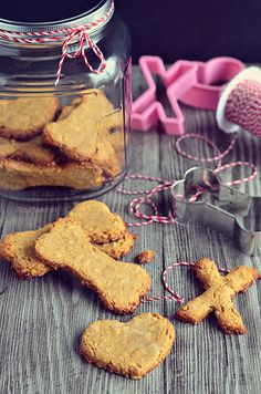 Homemade Peanut Butter Dog Biscuits recipe at TidyMom.net @Cheryl Sousan | Tidymom.net