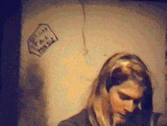 Kurt Cobain hou la fille chounette XD MDR