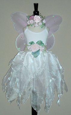 Tea length Faerie Wedding Dress by Fairy Nana, via Flickr