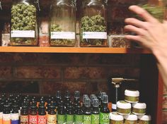 Dispensary Etiquette: First Timers' Club http://knd.io/338 #weed #dispensary #cannabis