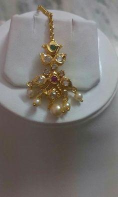 J Tikka Jewelry, India Jewelry, Kids Jewelry, Pearl Necklace Designs, Gold Earrings Designs, Tikka Designs, Gold Jewelry Simple, Pendant Design, Latest Jewellery