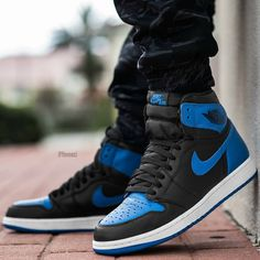 "Air Jordan 1 Retro High ""Royal"""