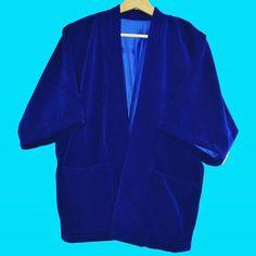Kimonos de terciopelo de colores en la web www.tailorclothing.com ya quedan poquitos✌💙😘 Velvet, Blazer, Clothing, Cotton, Jackets, Collection, Fashion, Blue Velvet, Kimonos