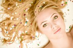 Love the glitter in the hair! Cute for a senior picture for my Tee-Tee