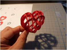 valentine's day pop up card tutorial My Funny Valentine, Valentine Day Crafts, Vintage Valentines, Valentine Decorations, Kirigami, Heart Pop Up Card, Valentines Bricolage, Pop Up Card Templates, Heart Template